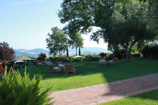 Gambassi Terme, Italie : Giardino