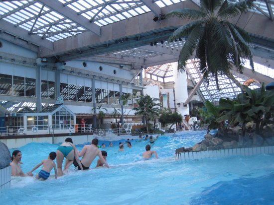 Piscine vagues photo de aquaboulevard paris tripadvisor for Piscine aquaboulevard