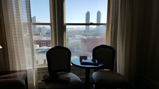 Gaslamp Plaza Suites: View from Room