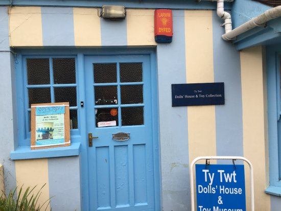 Dolls House and Toy Museum