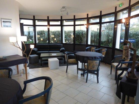 Castel Moor : Bar de l'hôtel