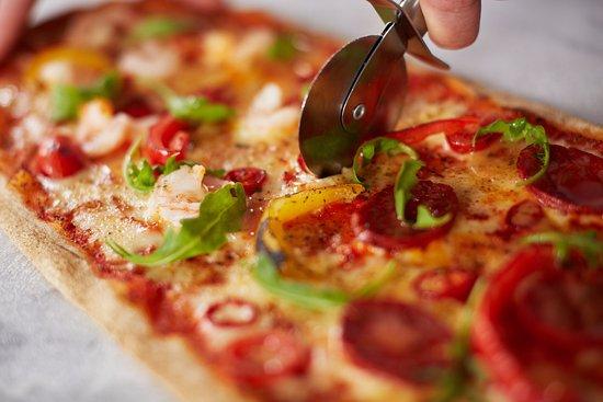 Felixstowe, UK: Surf & Turf Executive Pizza
