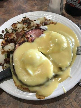 Battle Ground, WA: large portions, great service
