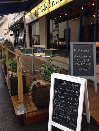 Crecy-la-Chapelle, Frankreich: vente d'huîtres à emporter ou sur place