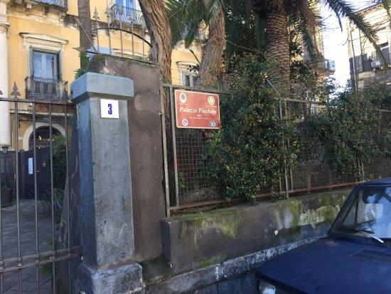 B b il giardino di piazza falcone catania sicilia prezzi 2018 e recensioni - Il giardino di piazza falcone ...