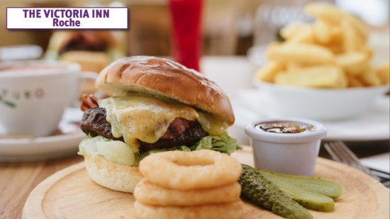 Lunch - The Popular Vic Burger - The Victoria Inn, Roche ,Cornwall