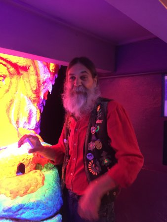 Electric Ladyland - the First Museum of Fluorescent Art: photo0.jpg
