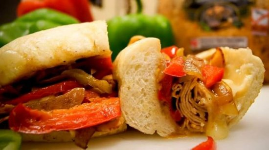 Holly's Deli & Desserts : Incredible sandwiches