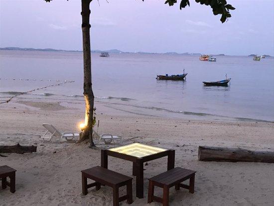 Baan Ploy Samed Restaurant: photo4.jpg