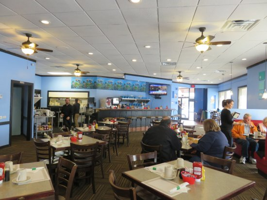 Farragut, TN: Interior - Don Delfi's Pancake House & Restaurant