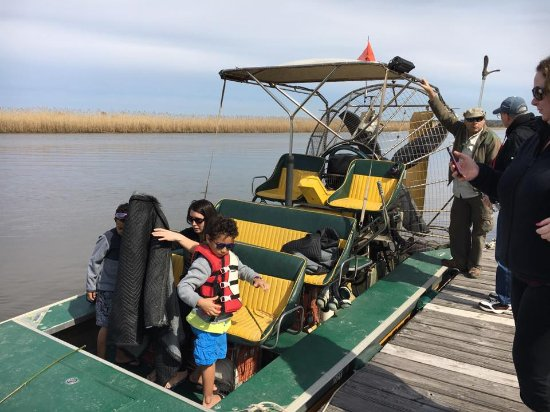 Spanish Fort, Алабама: Geoff Woodliff and his airboat