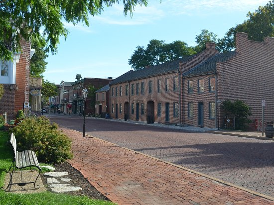 Saint Charles, MO: MIssouri First State Capitol Historic Site