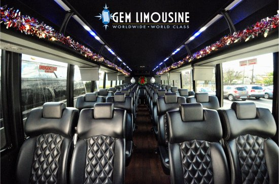 Woodbridge, Нью-Джерси: Catering to holiday shuttles and event transportation!