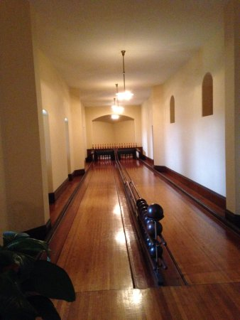 Indoor bowling alley - Picture of Biltmore Estate, Asheville ...