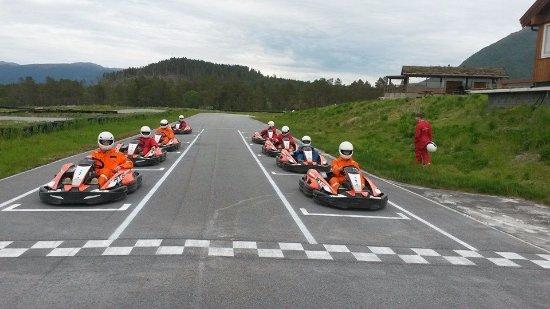 Halsa Municipality, Norveç: Felles start ved utleie
