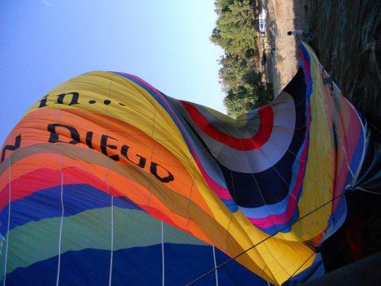 เตเมคูลา, แคลิฟอร์เนีย: deflating the balloon