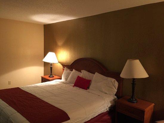 Hotel M, Mount Pocono: photo3.jpg