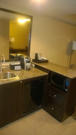 Coraopolis, Pensilvania: kitchenette view