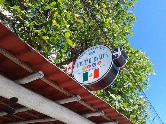 Los Tabernacos Sports Bar and Lounge: Los Tabernacos