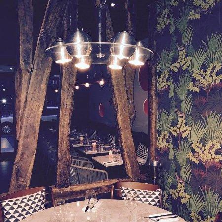 Restaurant Come In  Rue Commines Paris