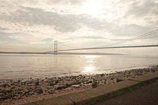 Kingston-upon-Hull, UK: Humber Bridge by Martin Peake