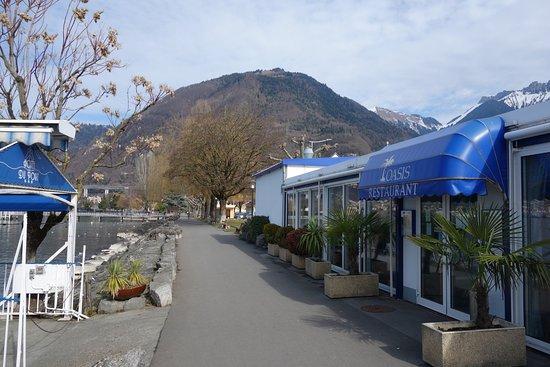 Villeneuve, Suiza: Vue sur le lac