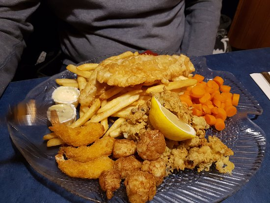 Truro, Canadá: SeaFood Platter - Yum