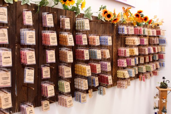 Stevens Point, WI: Melting Hearts Candle Company
