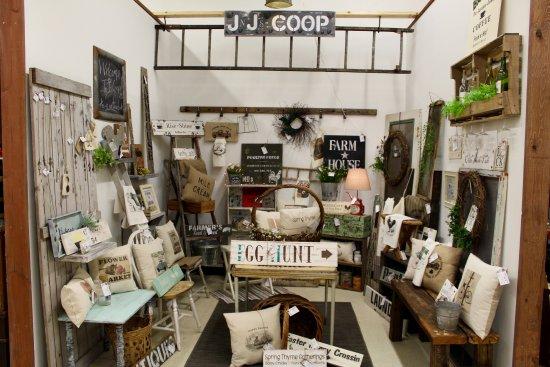Stevens Point, WI: J&J Coop