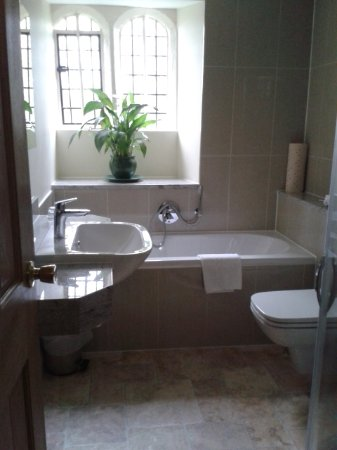Biggin-by-Hartington, UK: Bathroom