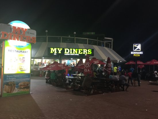 my diners: By the beach