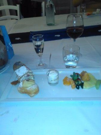 Villa Palmentiello: Torta frutta x finire con spumante