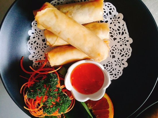 Burnie, Australia: Thai Smile Cafe & Takeaway, Spring Rolls.