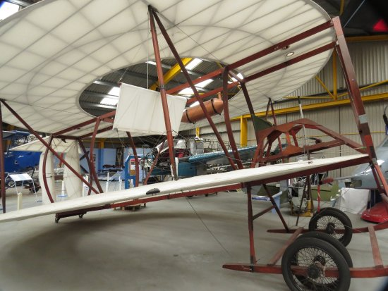 Newark-on-Trent, UK: Replica of Lee Richards Annular Biplane