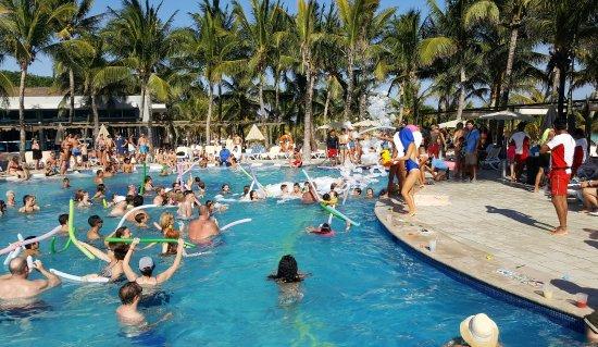 Coco Bongo Pool Party Picture Of Hotel Riu Yucatan