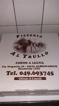 Albignasego, Italia: scatola della pizza