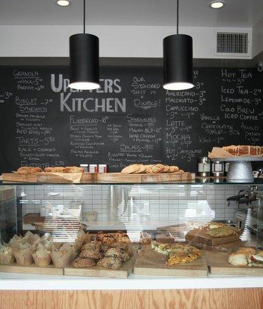 Uplifters kitchen restaurant 2819 ocean park blvd in for Uplifters kitchen
