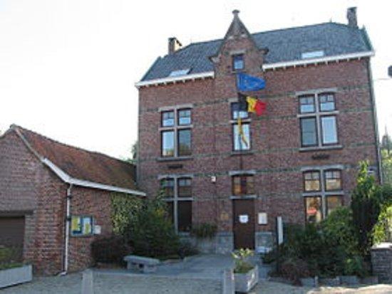 Geer, Belgia: Maison communale