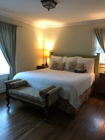 Chanticleer Inn Bed and Breakfast: photo5.jpg