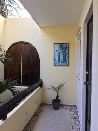 Posada Luna del Sur: Second floor hallway