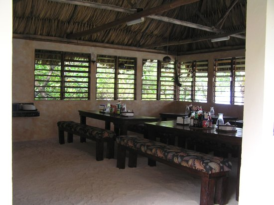 Glovers Reef Atoll, Belice: Dining hall