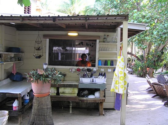Off The Wall Dive Center & Resort: Meet the chef!