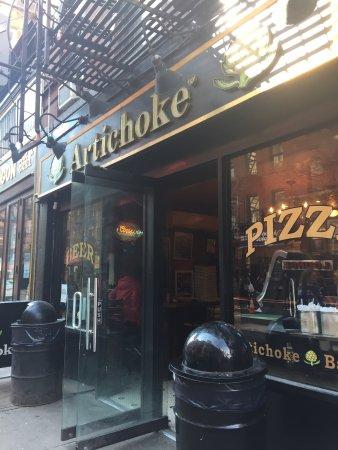 Artichoke Pizza: photo1.jpg