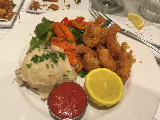 Pinole, Kalifornia: Panko crusted Prawns  FRESH Veg