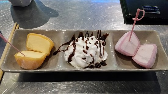 Izziban: Mango Mochi (dessert)