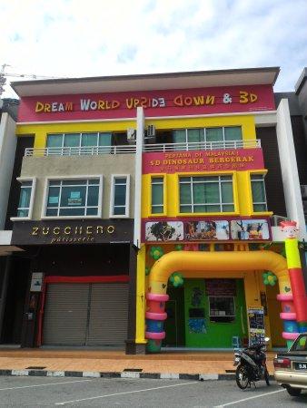 Central Melaka District, Malaysia: getlstd_property_photo
