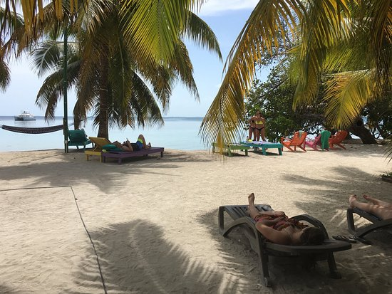 South Water Caye, Belize: IZE was amazing! Great food, great people- great experience !!
