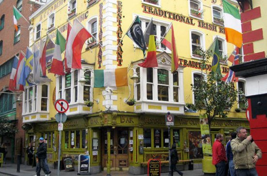 Dublin Temple Bar Traditional Pub Crawl Tour with Irish Music