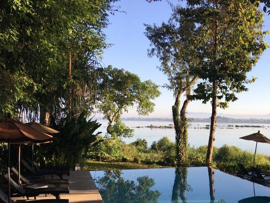 Champasak, Laos: 1 in de zin en deze in de schaduwm voor elk wat wils