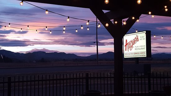 Littleton, CO: Beautiful sunset from our patio!